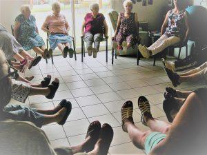 Coordination, équilibre, assouplissement...Tout le monde est très volontaire